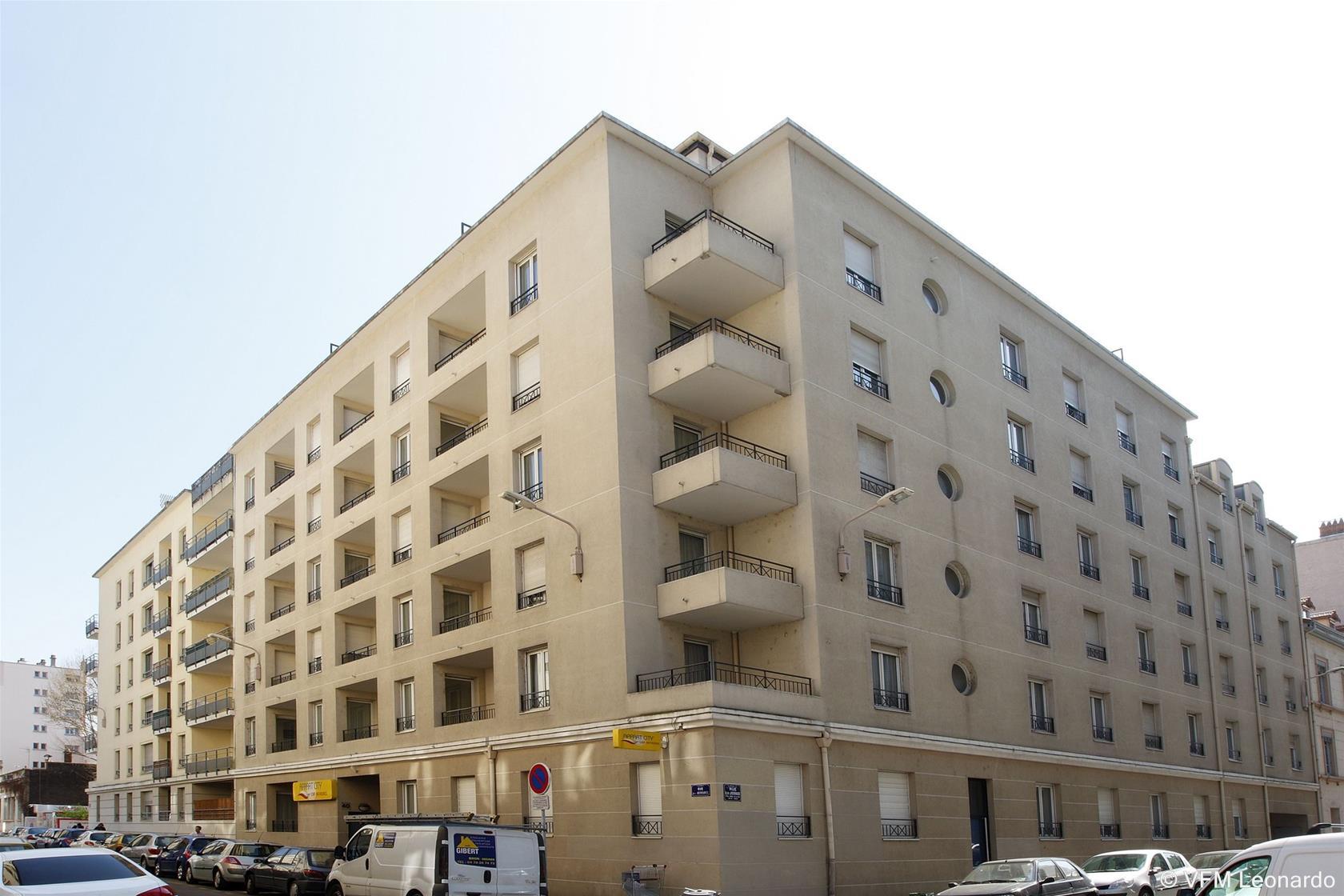 Trenes barcelona lyon desde 48 ofertas de billetes ave for Appart hotel lyon 7
