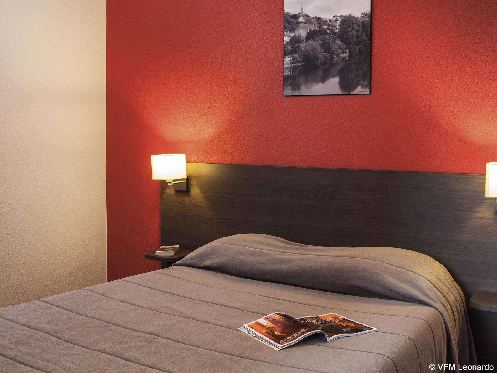 train paris poitiers partir de 37 promos de billets tgv et sncf. Black Bedroom Furniture Sets. Home Design Ideas