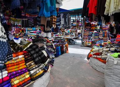 aa36fc2c9551 Ecuador y Colombia  Quito