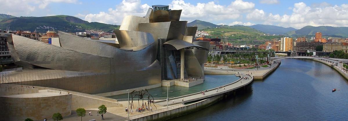 Hoteles cerca de Museo Guggenheim en Bilbao - Logitravel