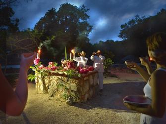 Participa en una Ceremonia Maya incluyendo traslado desde Riviera Maya