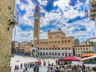 Siena, San Gimignano y Monteriggioni con degustación de vinos
