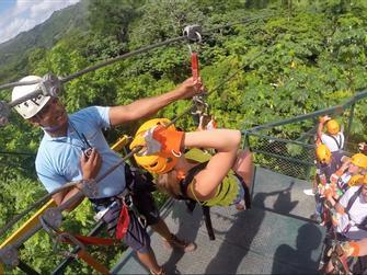 Excursión en la Jungla con ATV y tirolinas con transporte desde Riviera Maya