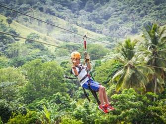 Canopy adventure Zip line tour con transporte desde Punta Cana