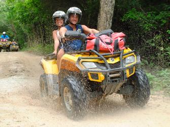 Excursión en la Jungla con ATV y tirolinas con transporte desde Cancun