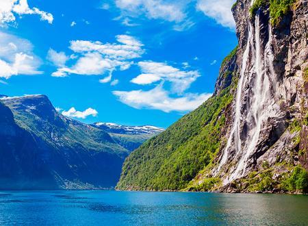 elegante y elegante brillo de color completo en especificaciones Viajes A Noruega desde 499 €. El mejor precio en Logitravel.