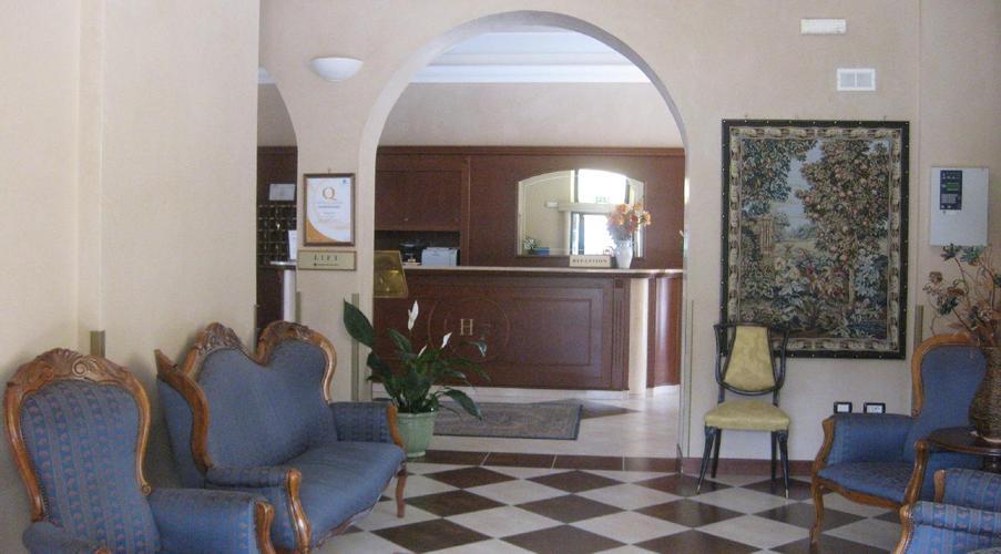 13 STRESA - FLORA HOTEL IN MEZZA PENSIONE
