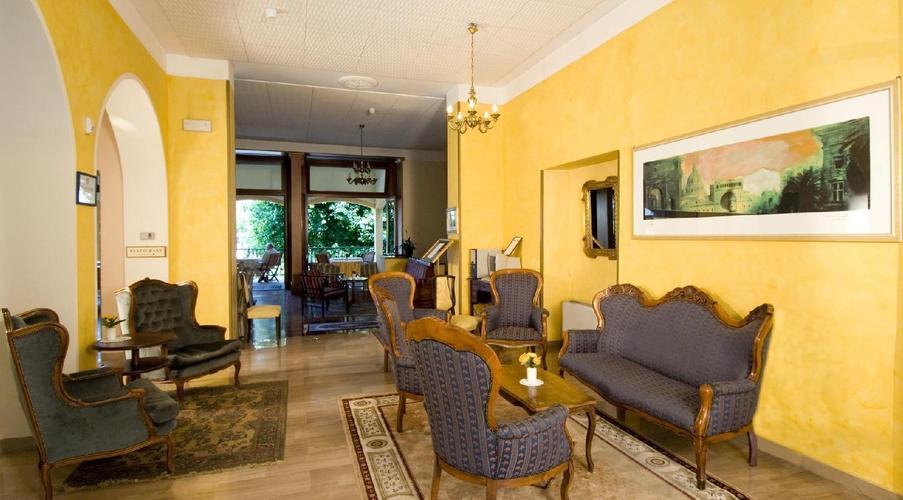 15 STRESA - FLORA HOTEL IN MEZZA PENSIONE