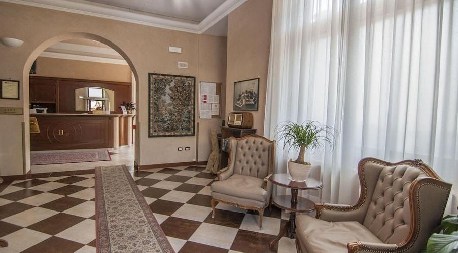 16 STRESA - FLORA HOTEL IN MEZZA PENSIONE