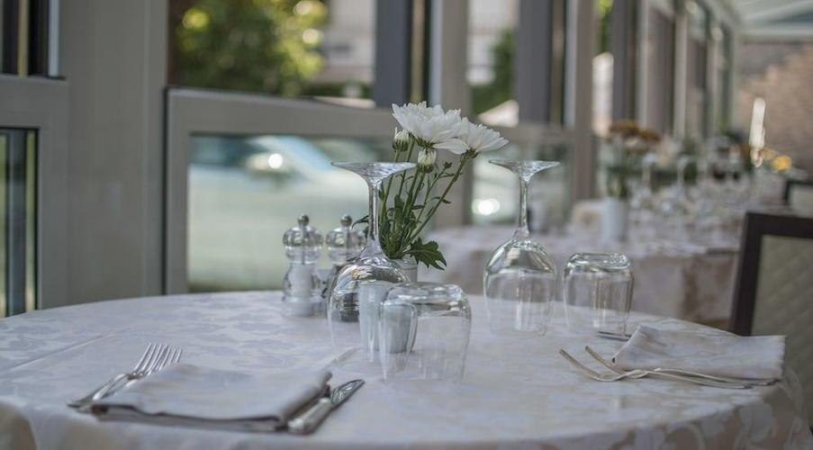 22 STRESA - FLORA HOTEL IN MEZZA PENSIONE