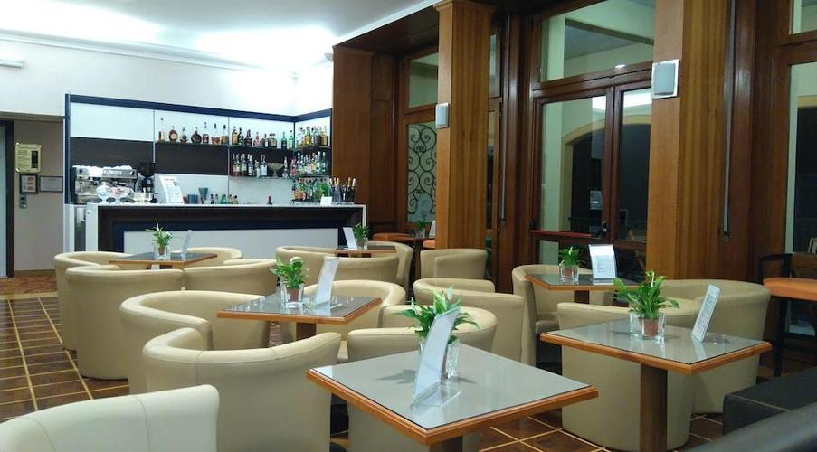 24 STRESA - FLORA HOTEL IN MEZZA PENSIONE