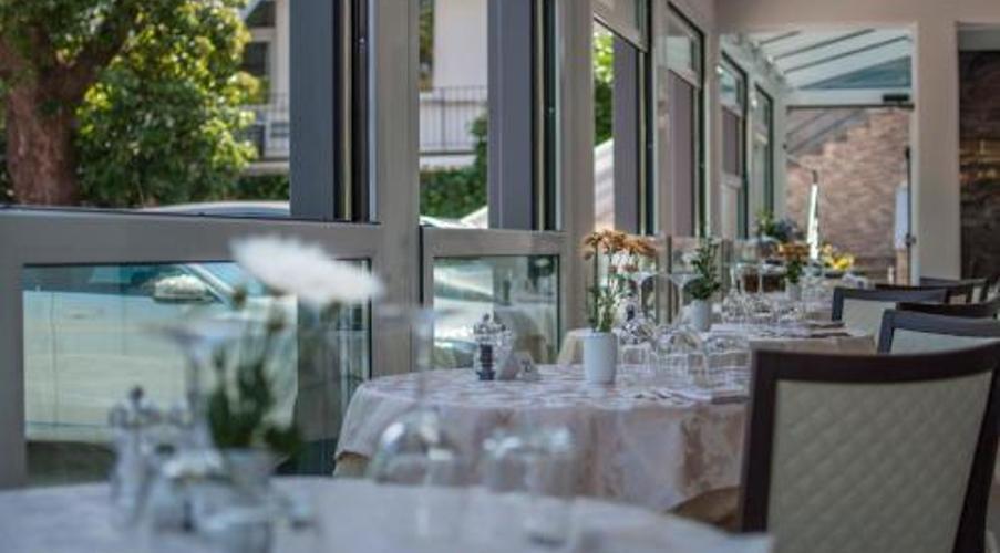 26 STRESA - FLORA HOTEL IN MEZZA PENSIONE