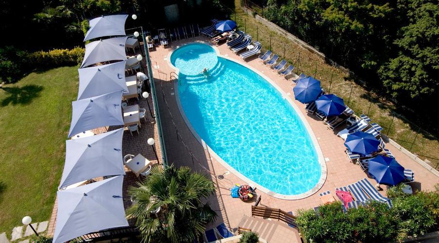 6 STRESA - FLORA HOTEL IN MEZZA PENSIONE
